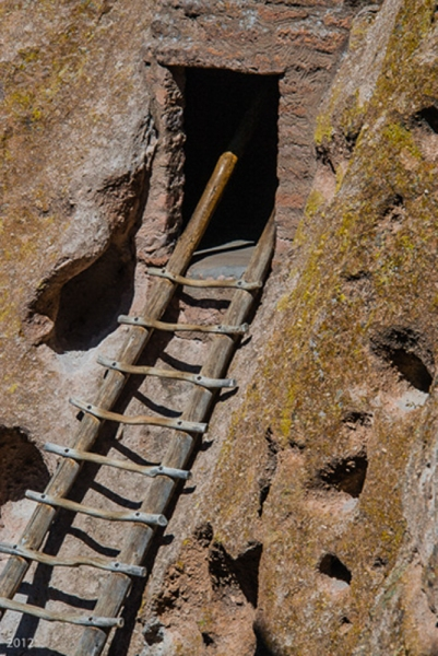 Cliff Dwelling: Bandelier Nat. Monument, NM