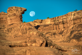July 19: Moonset, Arches National Park