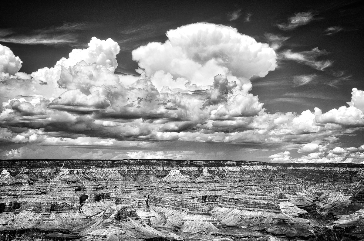 Black_White_GrandCanyon_1.jpg