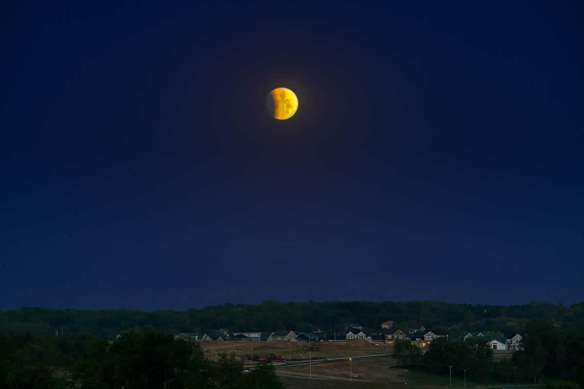 LunarEclipse_D852888.psd